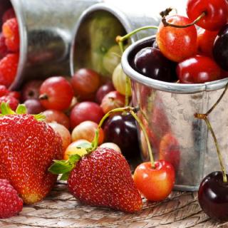 recetas-postre-fresas-y-cerezas_2