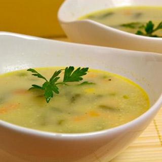 Sopa de Apio y Cebolla