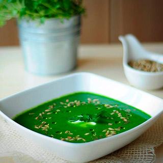 Sopa de Brócoli con Semillas de Girasol
